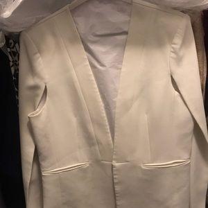 BCBGMaxAzria Jackets & Coats - BCBGMAXAZRIA White Cape Blazer.Freshly Dry Cleaned